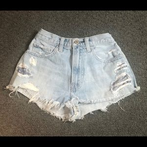 Hollister High Waisted Jean Shorts Distressed 00
